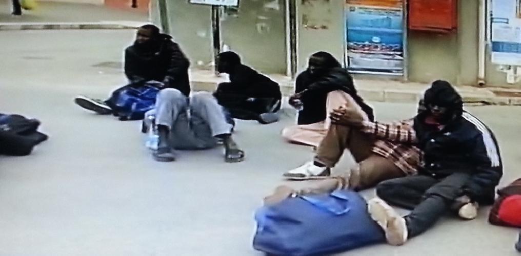 http://www.ragusanews.com//immagini_articoli/01-02-2014/la-protesta-degli-immigrati-a-pozzallo-500.jpg