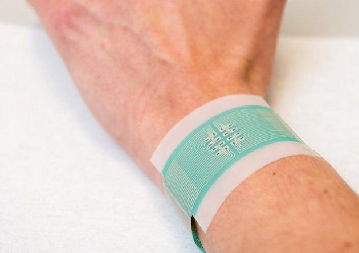 https://www.ragusanews.com//immagini_articoli/01-02-2020/diabete-addio-aghi-per-misura-glicemia-arriva-il-cerotto-500.jpg