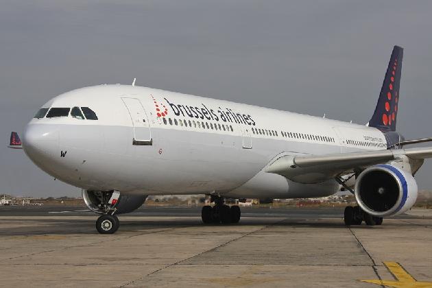 https://www.ragusanews.com//immagini_articoli/01-03-2017/aeroporto-comiso-arriva-brussels-airlines-420.jpg