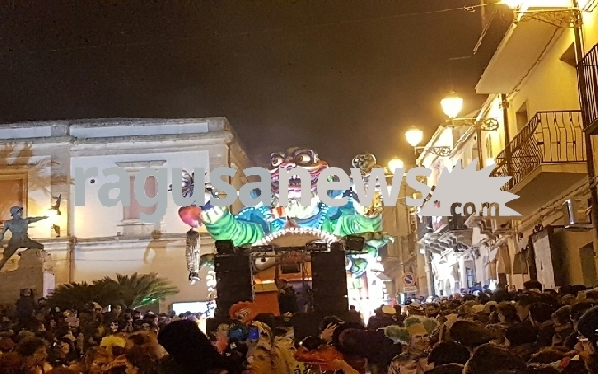 https://www.ragusanews.com//immagini_articoli/01-03-2017/paese-balocchi-vince-edizione-2017-carnevale-chiaramonte-420.jpg