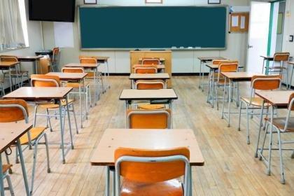 https://www.ragusanews.com//immagini_articoli/01-03-2021/la-sanificazione-e-chiusura-di-tutte-le-scuole-di-scicli-fino-al-6-marzo-280.jpg
