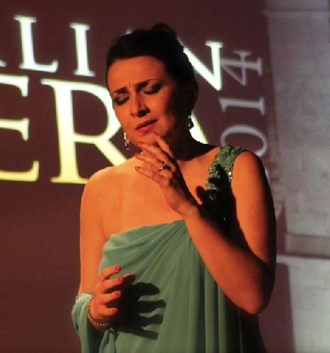 http://www.ragusanews.com//immagini_articoli/01-04-2015/ave-maria-di-schubert-e-traviata-a-scicli-500.jpg