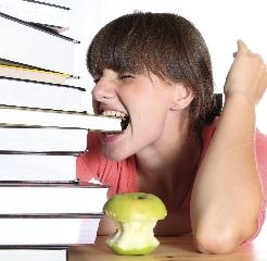 http://www.ragusanews.com//immagini_articoli/01-04-2015/ragusa-per-il-comune-vietato-ammalarsi-se-si-e-studenti-240.jpg