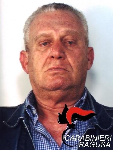 http://www.ragusanews.com//immagini_articoli/01-04-2016/droga-ragusa-arrestato-carlos-500.jpg