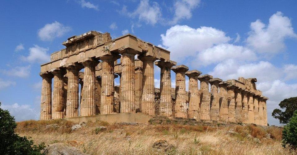 https://www.ragusanews.com//immagini_articoli/01-04-2019/colonie-greche-in-sicilia-se-ne-parla-a-modica-500.jpg