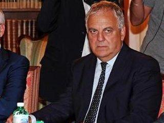 https://www.ragusanews.com//immagini_articoli/01-04-2020/alberto-manenti-capo-dei-servizi-segreti-per-lestero-bpm-240.jpg