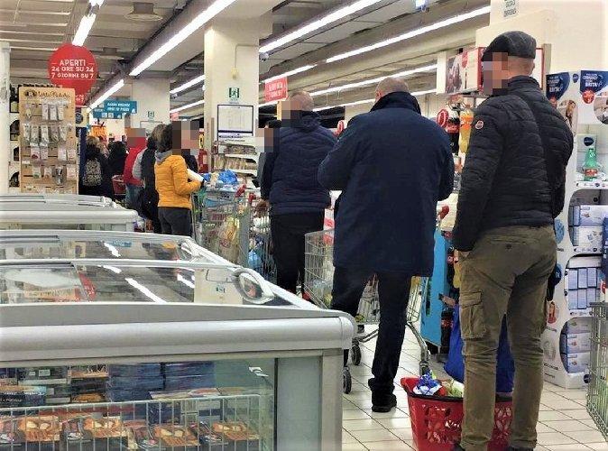 https://www.ragusanews.com//immagini_articoli/01-04-2020/quelli-che-tornano-al-supermercato-per-comprare-l-ammorbidente-500.jpg