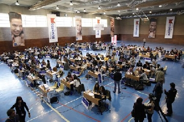 http://www.ragusanews.com//immagini_articoli/01-05-2017/simulatore-dimpresa-studenti-iblei-milano-240.jpg