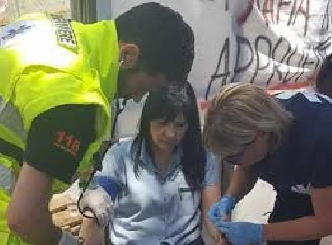http://www.ragusanews.com//immagini_articoli/01-06-2017/rosetta-piazza-accusa-malore-ricoverata-ospedale-500.jpg