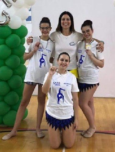 https://www.ragusanews.com//immagini_articoli/01-06-2019/ginnastica-tre-medaglie-per-le-giovani-ispicesi-500.jpg
