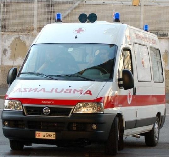 https://www.ragusanews.com//immagini_articoli/01-07-2008/una-sola-ambulanza-a-scicli-e-di-che-vi-meravigliate-500.jpg