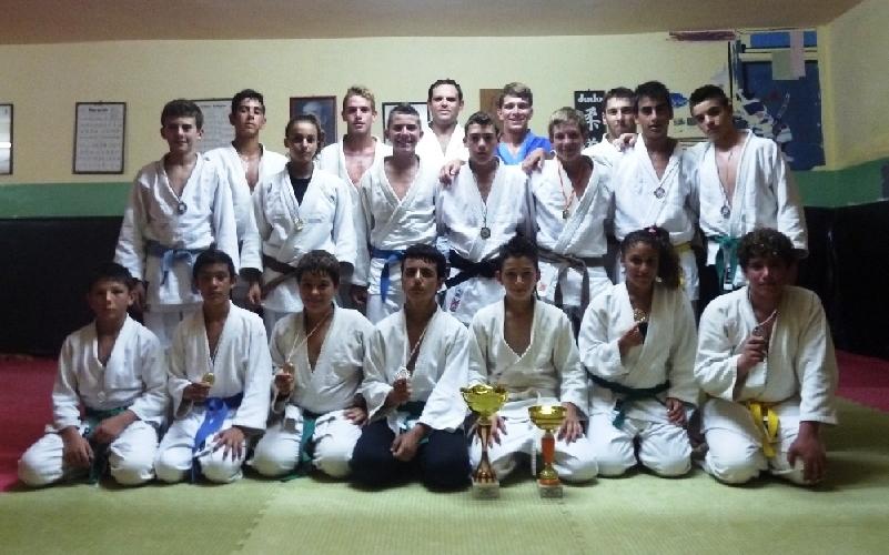 https://www.ragusanews.com//immagini_articoli/01-07-2012/la-koizumi-2-volte-sul-podio-al-trofeo-internazionale-citta-di-messina-500.jpg