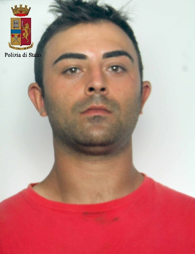 http://www.ragusanews.com//immagini_articoli/01-07-2016/ragusa-spacciatore-torna-in-carcere-500.jpg