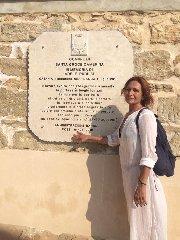 https://www.ragusanews.com//immagini_articoli/01-07-2019/scoperta-la-stele-in-memoria-di-adele-240.jpg