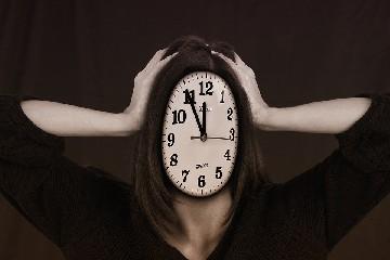 https://www.ragusanews.com//immagini_articoli/01-07-2020/quando-lo-stress-fa-ingrassare-gli-errori-da-evitare-240.jpg