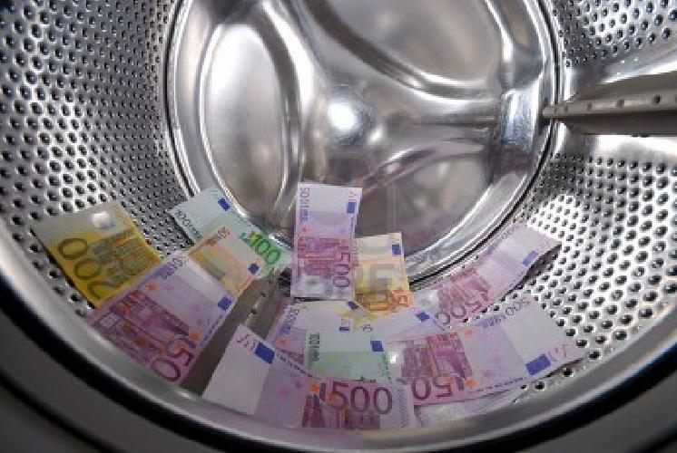 https://www.ragusanews.com//immagini_articoli/01-08-2014/ipotesi-di-riciclaggio-a-ragusa-restituito-tutto-quanto-in-sequestro-500.jpg