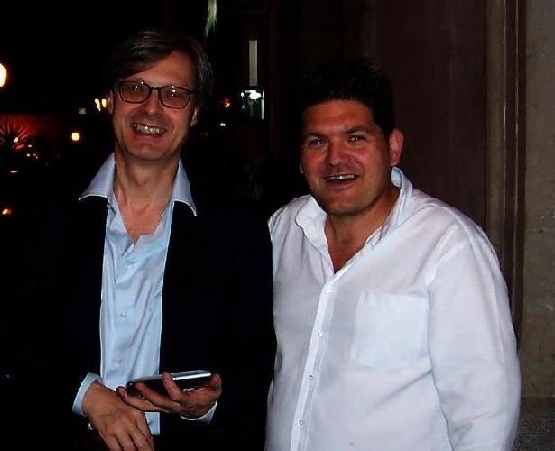 http://www.ragusanews.com//immagini_articoli/01-08-2014/mauro-ingallinesi-chiamato-alla-carica-di-consigliere-comunale-500.jpg