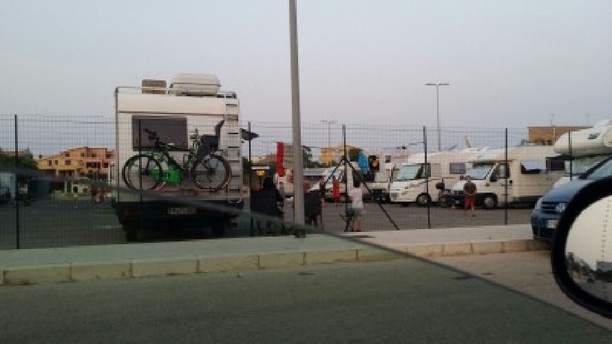 https://www.ragusanews.com//immagini_articoli/01-08-2015/camperisti-a-marina-di-ragusa-un-esperienza-500.jpg