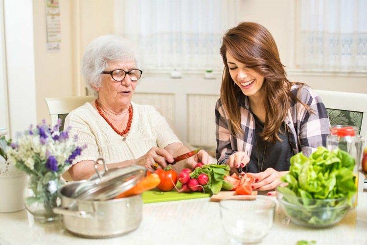 https://www.ragusanews.com//immagini_articoli/01-08-2019/la-dieta-nonna-via-3-kg-in-un-mese-con-il-buon-senso-500.jpg