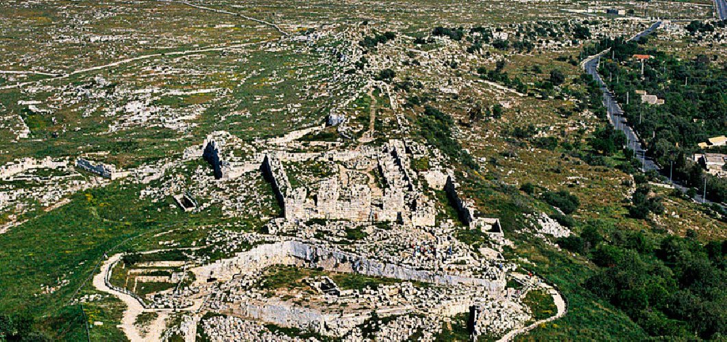 https://www.ragusanews.com//immagini_articoli/01-08-2019/siracusa-riapre-il-castello-eurialo-500.jpg
