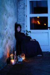 https://www.ragusanews.com//immagini_articoli/01-08-2020/questa-domenica-al-castello-di-donnafugata-va-in-scena-invisibili-240.jpg
