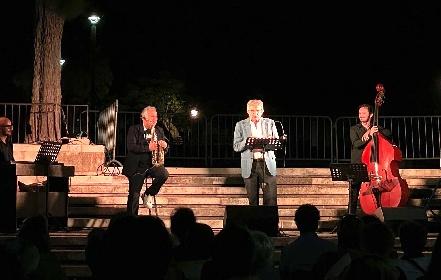https://www.ragusanews.com//immagini_articoli/01-08-2021/teatro-pippo-pattavina-ha-chiuso-il-festival-3drammi3-280.jpg