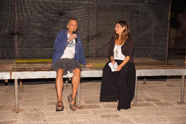 http://www.ragusanews.com//immagini_articoli/01-09-2016/spacca-doc-fest-questa-sera-il-documentario-inagibile-420.jpg
