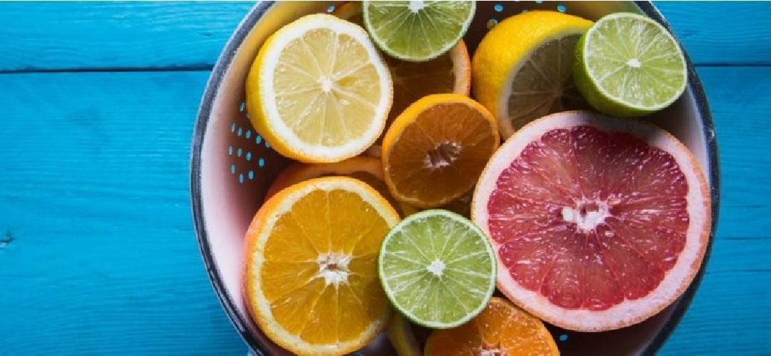 https://www.ragusanews.com//immagini_articoli/01-09-2020/la-dieta-degli-agrumi-500.jpg