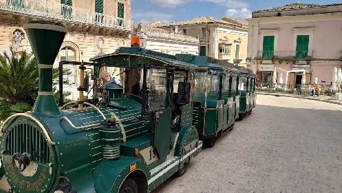 https://www.ragusanews.com//immagini_articoli/01-09-2021/covid-sicilia-immunizzata-a-fine-ottobre-un-mese-dopo-il-resto-d-italia-280.jpg