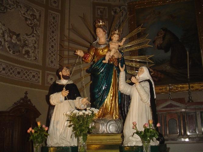 http://www.ragusanews.com//immagini_articoli/01-10-2011/ragusa-al-via-i-festeggiamenti-in-onore-della-madonna-del-rosario-500.jpg