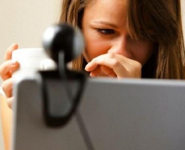 https://www.ragusanews.com//immagini_articoli/01-10-2014/cyberbullismo-due-ragazzine-denunciate-a-ragusa-500.jpg