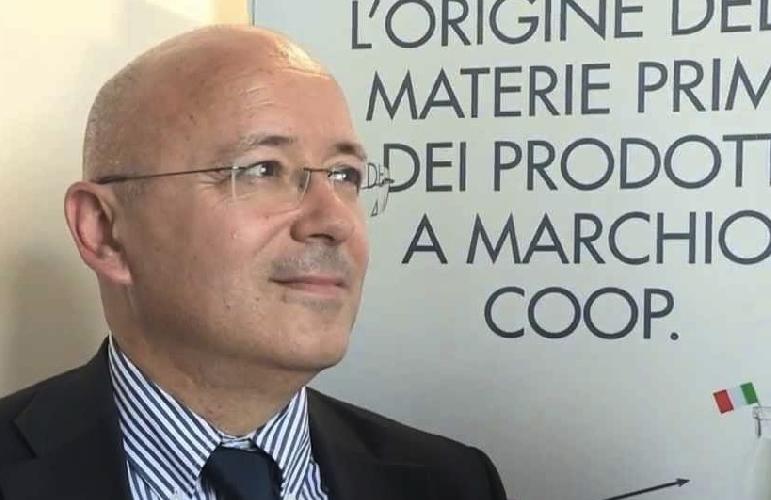 https://www.ragusanews.com//immagini_articoli/01-10-2015/supermercati-coop-a-rischio-chiusura-marco-pedroni-sui-carboni-ardenti-500.jpg