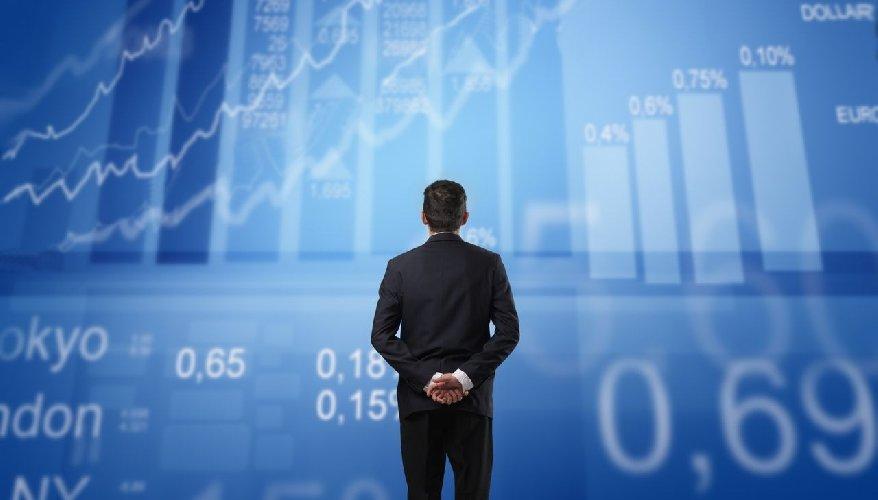 https://www.ragusanews.com//immagini_articoli/01-10-2018/evoluzione-sistema-creditizio-forum-relatori-alta-finanza-500.jpg