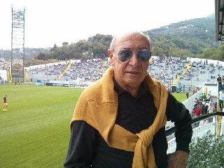 https://www.ragusanews.com//immagini_articoli/01-10-2018/morto-uomo-ispiro-clamoroso-cibali-240.jpg