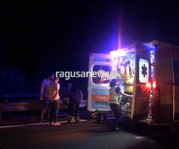 https://www.ragusanews.com//immagini_articoli/01-10-2019/incidente-autonomo-in-moto-a-maganuco-un-ferito-500.jpg