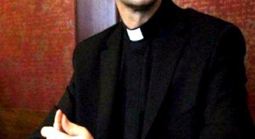 https://www.ragusanews.com//immagini_articoli/01-10-2020/violenza-su-ragazzino-sacerdote-in-carcere-280.jpg