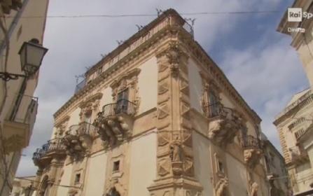 https://www.ragusanews.com//immagini_articoli/01-10-2021/giro-di-sicilia-a-scicli-il-servizio-di-rai-sport-280.jpg