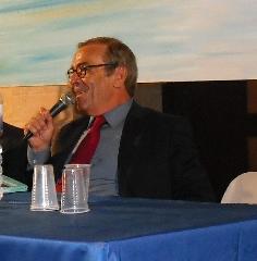 http://www.ragusanews.com//immagini_articoli/01-11-2011/michele-giardina-un-uomo-di-borgata-la-prefazione-di-attilio-sigona-240.jpg