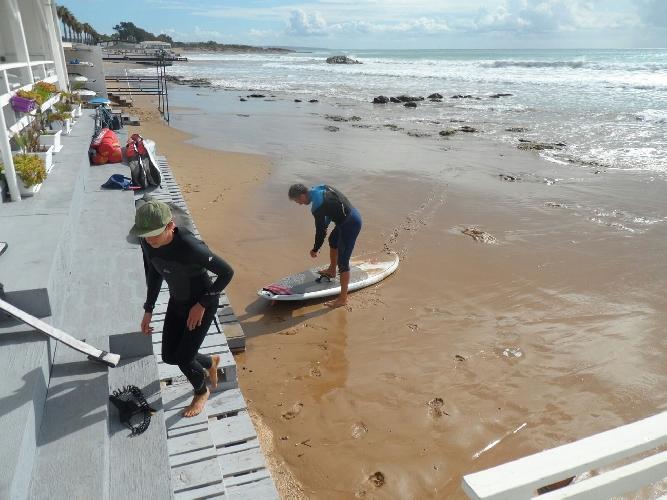 https://www.ragusanews.com//immagini_articoli/01-11-2015/kitesurfing-niente-gare-a-marina-di-ragusa-500.jpg