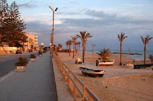 http://www.ragusanews.com//immagini_articoli/01-11-2016/povera-la-mia-marina-dimenticata-200.jpg