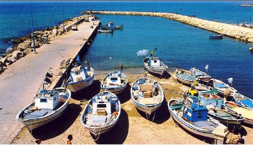 http://www.ragusanews.com//immagini_articoli/01-11-2017/ragusa-individuato-iter-messa-sicurezza-porto-donnalucata-500.jpg