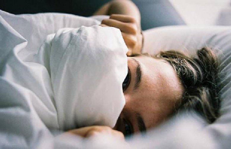 https://www.ragusanews.com//immagini_articoli/01-11-2018/dormire-freddo-dimagrire-500.jpg
