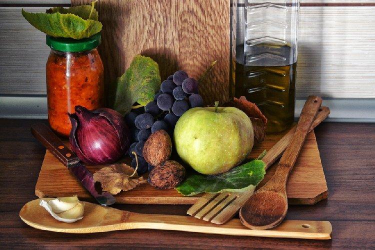 https://www.ragusanews.com//immagini_articoli/01-11-2019/dieta-libera-cos-e-e-funziona-500.jpg