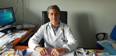 https://www.ragusanews.com//immagini_articoli/01-11-2019/gaetano-cabibbo-primario-di-medicina-a-modica-240.jpg
