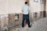 https://www.ragusanews.com//immagini_articoli/01-11-2019/prima-fanno-la-rapina-poi-fanno-la-pipi-arrestati-grazie-all-urina-100.jpg