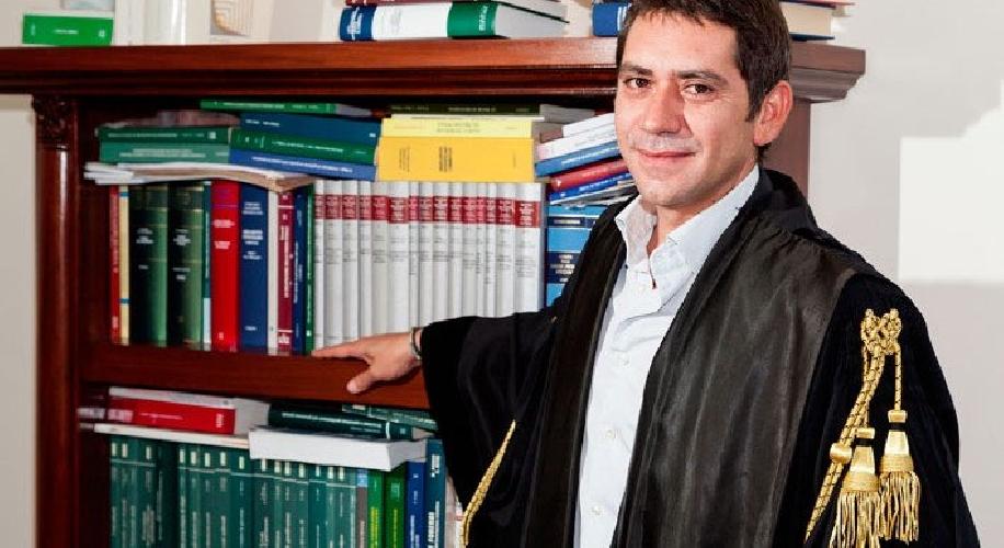 https://www.ragusanews.com//immagini_articoli/01-12-2013/lavv-gulino-arresto-calcaterra-quando-la-cattiva-notizia-fa-notizia-500.jpg