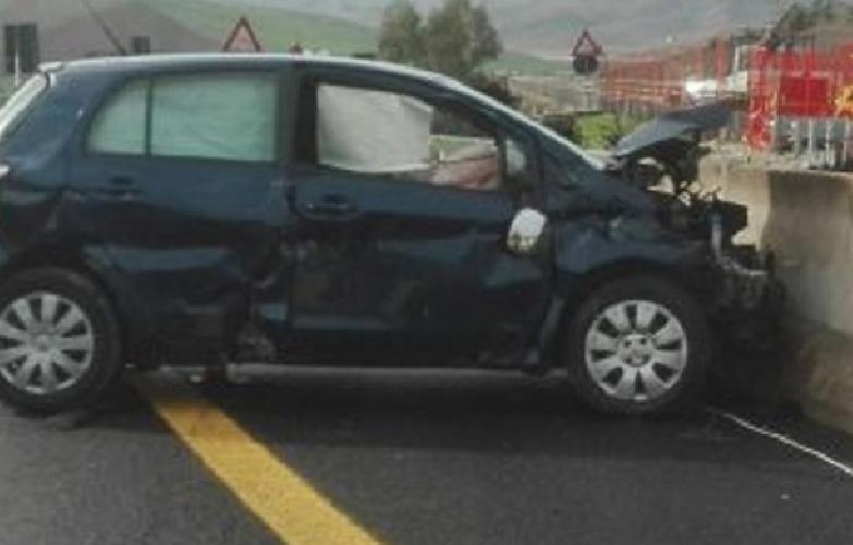 https://www.ragusanews.com//immagini_articoli/01-12-2017/schianto-palermocatania-morto-feriti-500.png