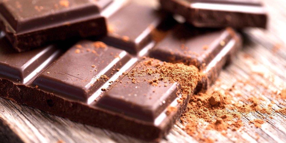 https://www.ragusanews.com//immagini_articoli/01-12-2019/cioccolato-fondente-per-dormire-500.jpg