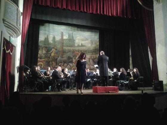http://www.ragusanews.com//immagini_articoli/02-01-2017/apre-stagione-concertistica-garibaldi-modica-420.jpg