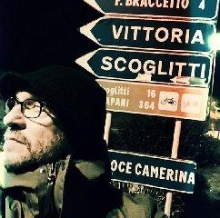 https://www.ragusanews.com//immagini_articoli/02-01-2018/biagio-antonacci-quasi-perso-provincia-ragusa-240.jpg